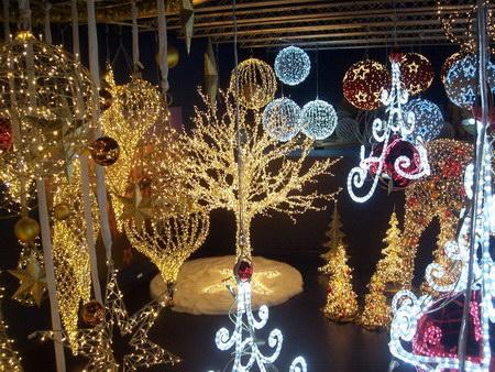 Варианты использования светового декора