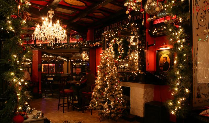 новогоднее оформление ресторанов фото выбирая широкоформатные